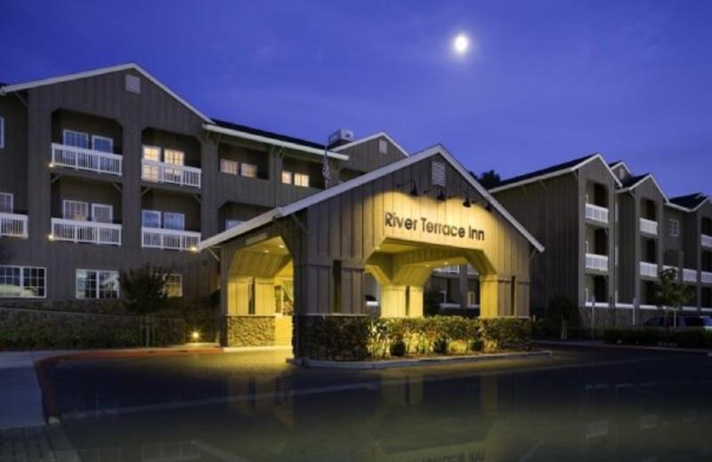 Exterior view of River Terrace Inn.
