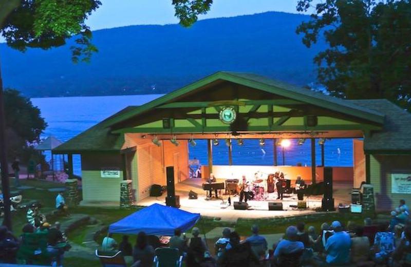 Music concert at The Georgian Lakeside Resort.