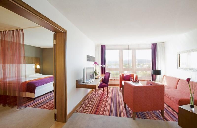 Guest room at Mövenpick Zurich-Airport.