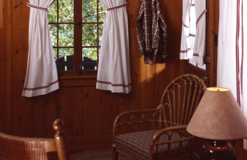 Little Tom Cottage interior at Elk Lake Lodge.