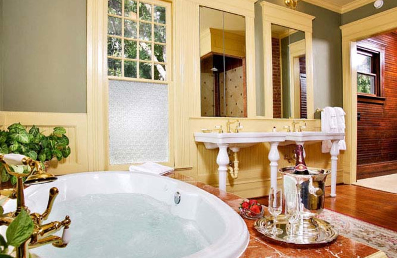 Guest bathroom at The Corinthian Bed and Breakfast.