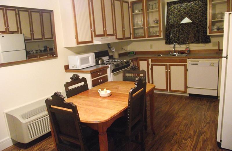Cabin Kitchen at Full Moon Inn