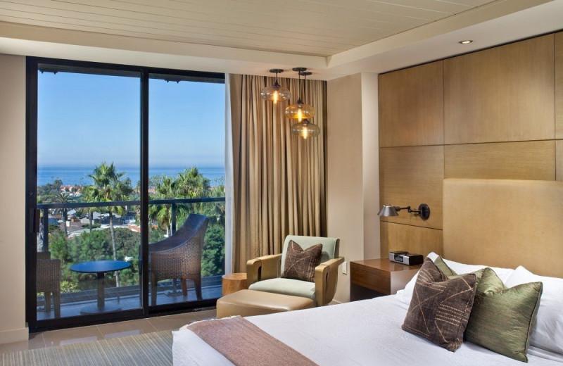 Guest room at Hotel La Jolla at the Shores.