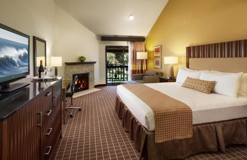 Guest room at Half Moon Bay Lodge, Best Western Plus.