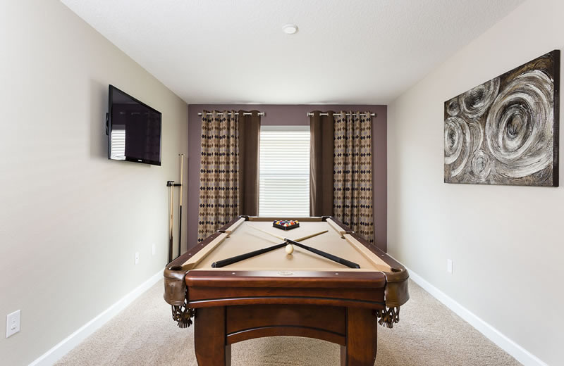 Rental pool table at Vacation Pool Homes.