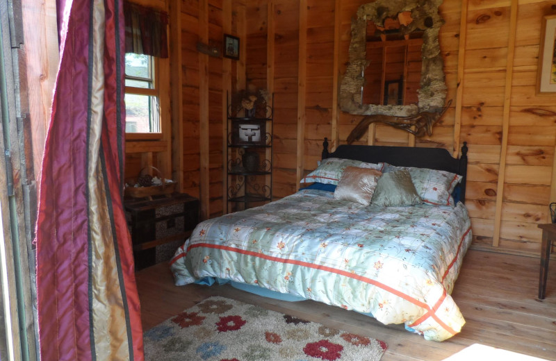 Cabin bedroom at Rossport Lodging & Retreat.