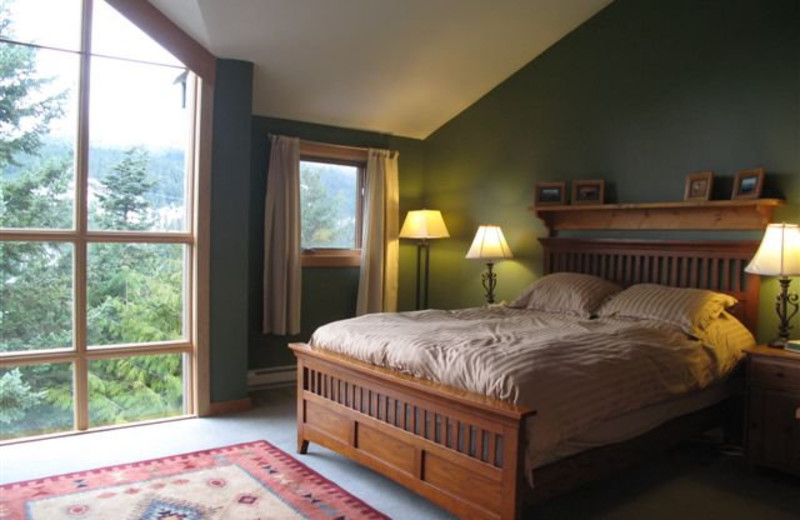 Guest bedroom at Whistler Retreats.
