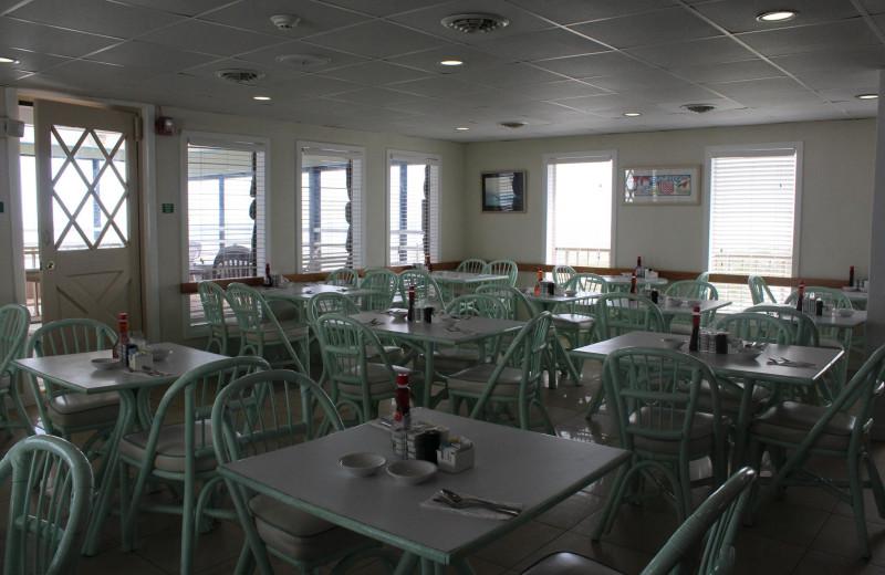 Dining at Waikiki Oceanfront Inn.