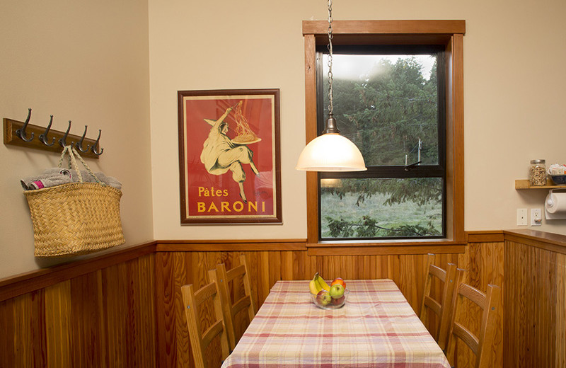 Guest dining room at Pebble Cove Farm.