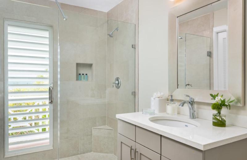 Bathroom at Villa Calypso.