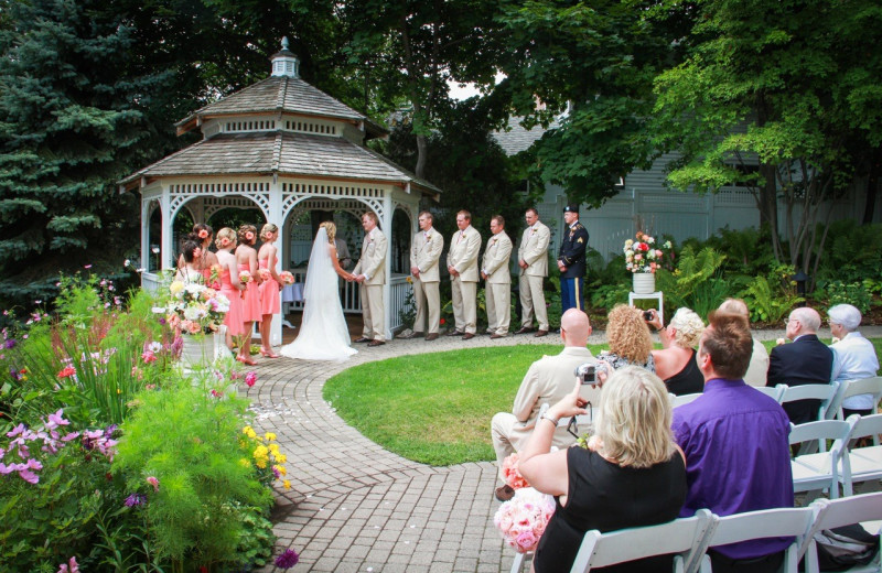 Wedding at Harbour View Inn.