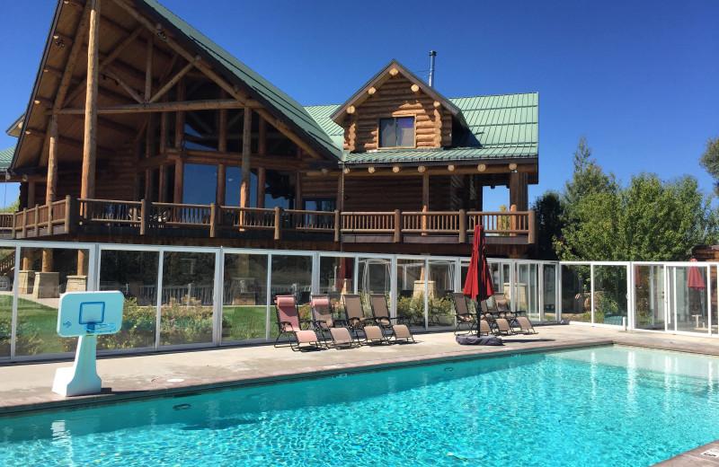 Resort pool at Utah Family Lodges.