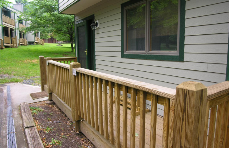 Vacation rental porch at Timberline Herzwoods and Northwoods Resort.