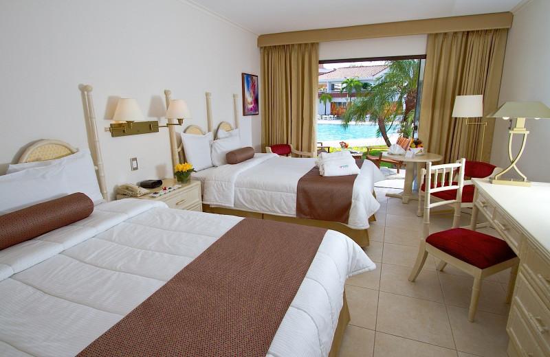Guest room at Los Tajibos.