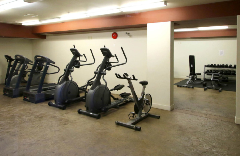 Rental gym at realTopia Vacation Rentals.
