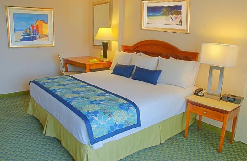Guest room at Courtyard Key Largo.