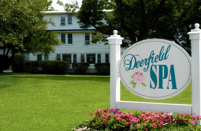 Exterior view of Deerfield Spa.