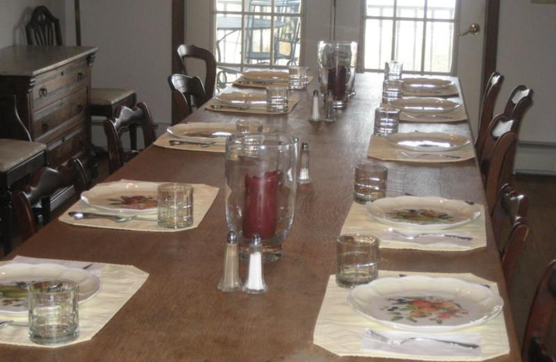 Dining at Seneca Springs Resort.