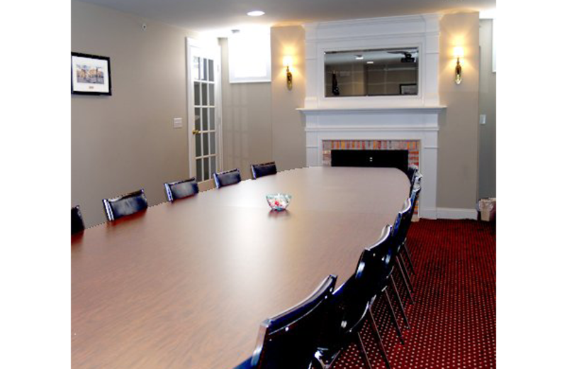 Meeting room at Essex Street Inn Newburyport.