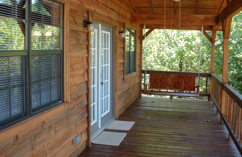 Cabin porch at Heath Valley Cabins.