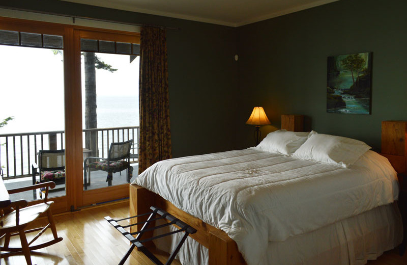 Rental bedroom at Island Vacation Homes.