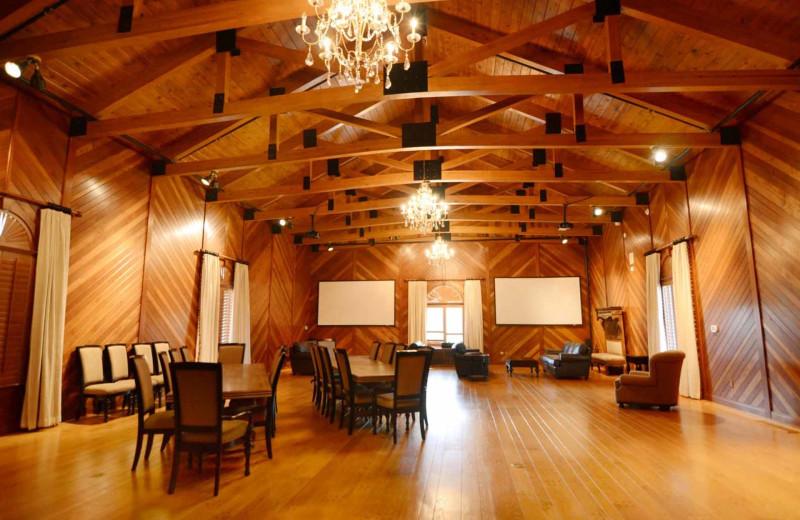 Rental meeting room at Railey Mountain Lake Vacations.