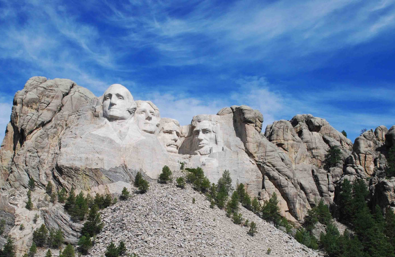 Mount Rushmore near American Pines Cabins.