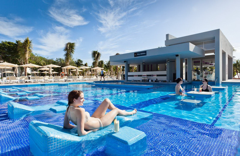 Outdoor pool at RIU Palace Mexico.