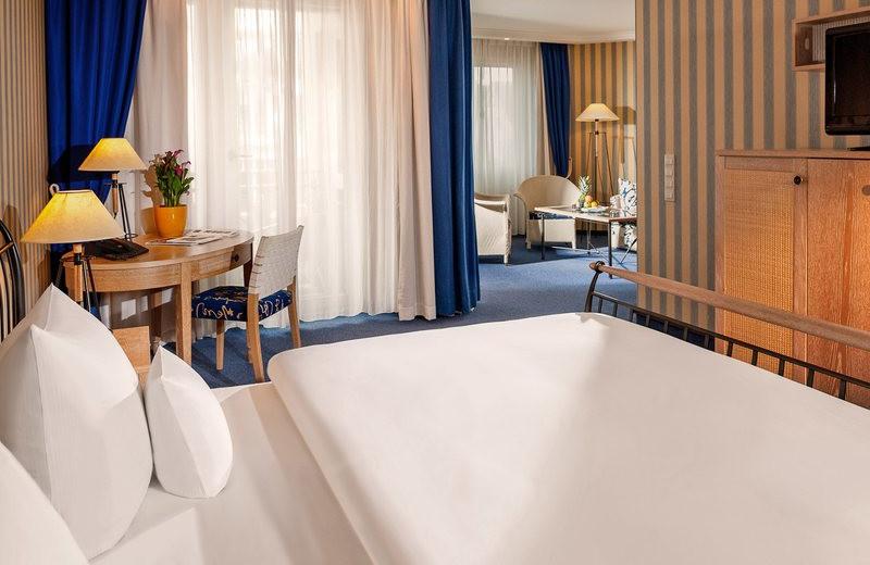 Guest room at Dorint Strandhotel Binz/Rügen.