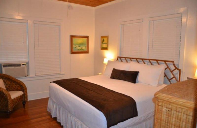 Guest bedroom at Papa's Hideaway.