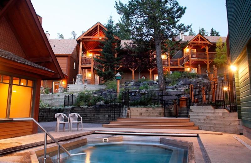 Hot tub at Buffalo Mountain Lodge.