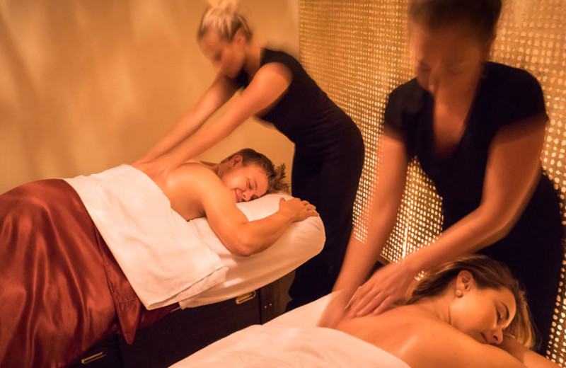 Couples massage at Minerals Hotel.