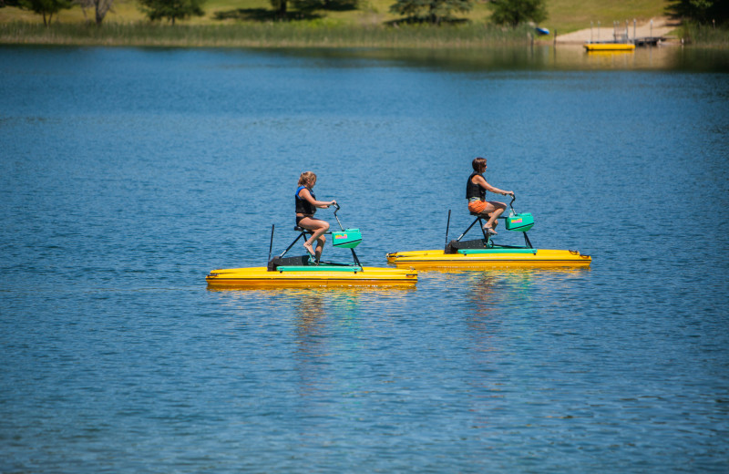 Half Moon Trail Resort offers complimentary use of hydro bikes, kayaks, paddle boards, canoes, and paddle boats.