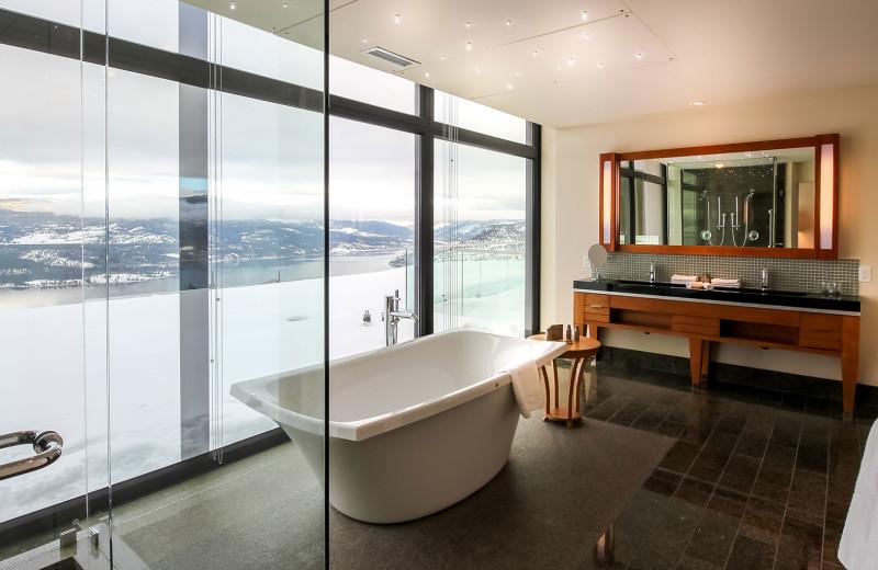 Guest bathroom at Sparkling Hill Resort.