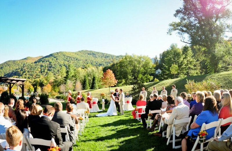 Weddings at Maggie Valley Resort & Club