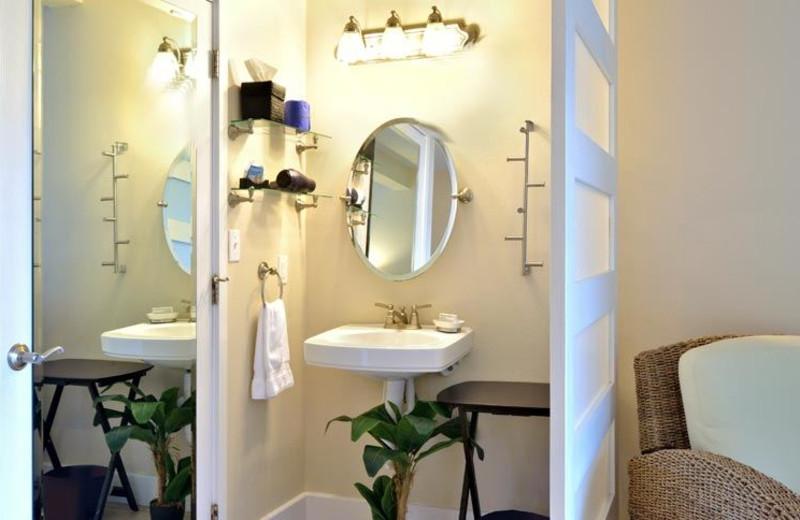 Guest Bathroom at Ocean House