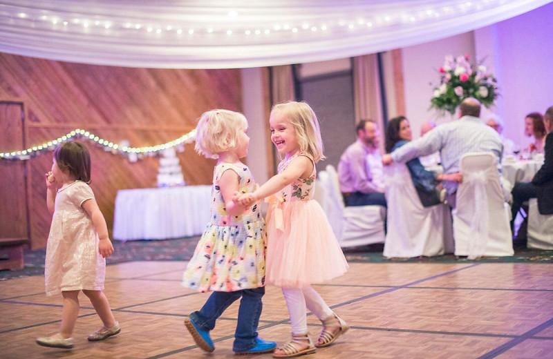 Wedding reception at Ruttger's Bay Lake Lodge.