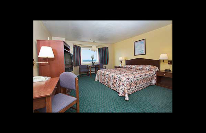 Guest room at Pacifica Motor Inn.