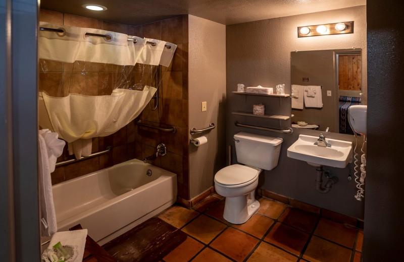 Guest bathroom at Redstone Inn.