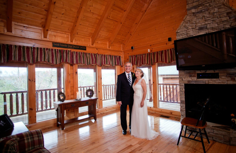 Wedding couple at Fireside Chalets & Cabin Rentals.