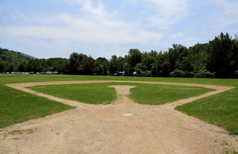 Baseball at Yogi Bear's Jellystone Park™ Camp-Resort Glen Ellis.