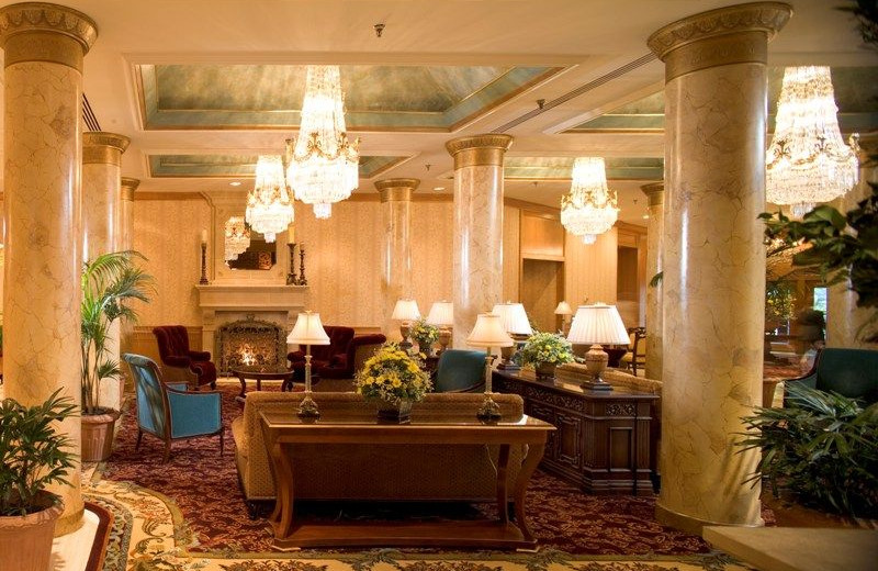 Dinning at Saint Paul Hotel.