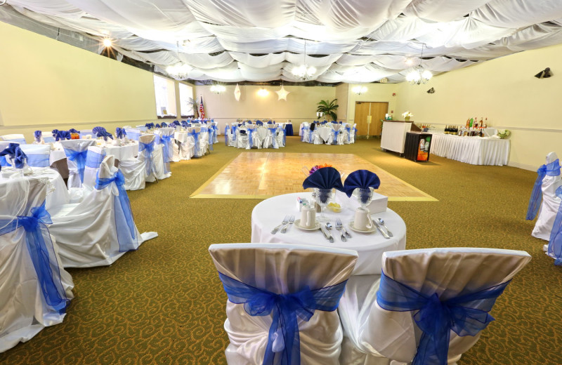 Wedding decor at Holiday Isle Oceanfront Resort.