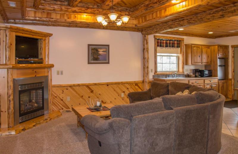 Guest room at Sojourner's Lodge & Log Cabin Suites.