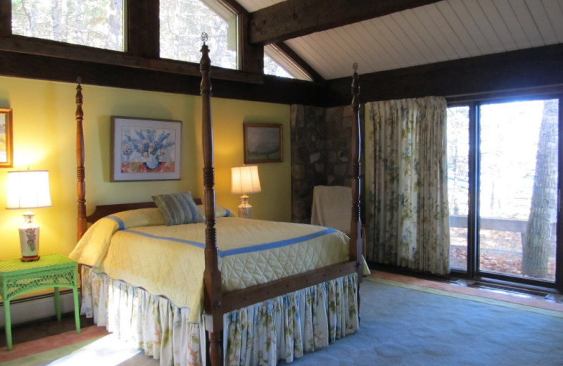 Rental bedroom at Vacation Cottages.