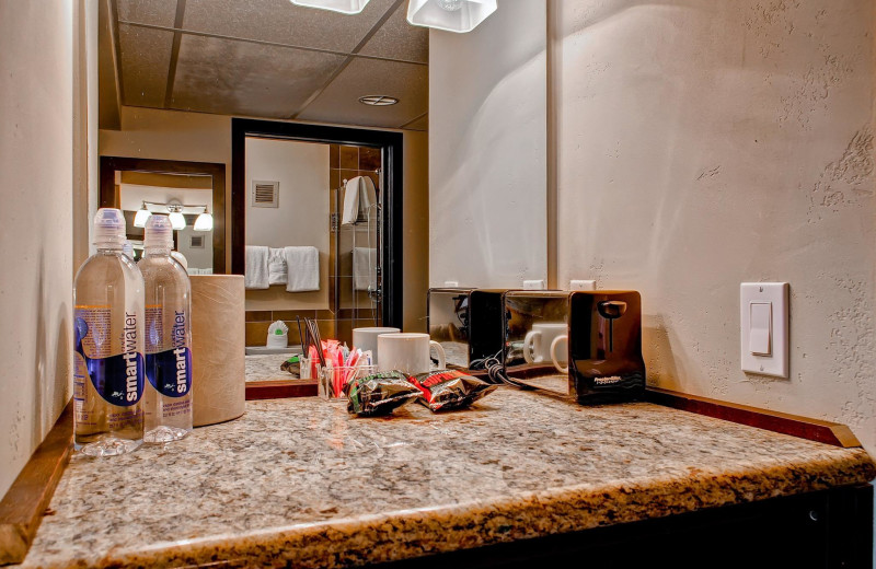 Room amenities at Inn at Aspen.