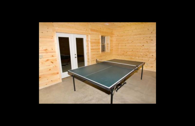 Cabin ping pong table at Hummingbird Hill Cabin Rentals.