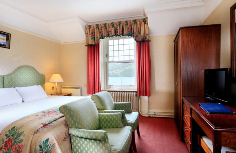 Guest room at Loch Rannoch Hotel.