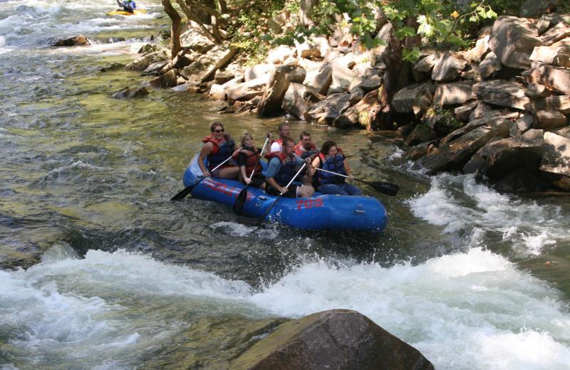 Rafting near Rock Creek Cabins.
