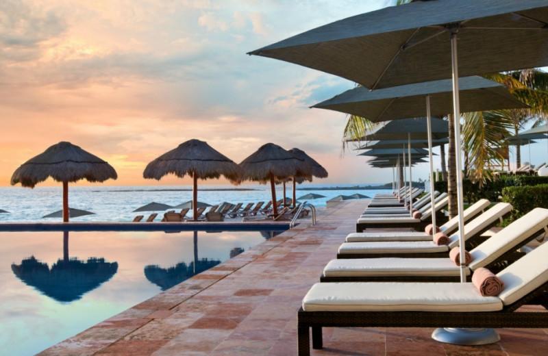Outdoor pool at The Westin Regina Resort, Cancun.